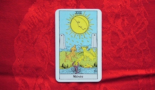 XVIII - LUNA (Kof = Ryby, Pisces) - Tarot