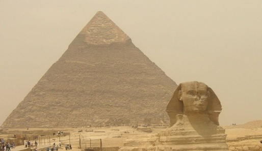 Pyramidy - tajemný oheň pyramidy